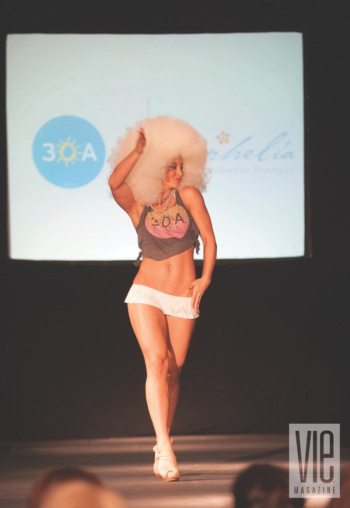 vie magazine south walton fashion week girl on runway 30a tank afro