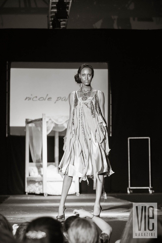 Vie Magazine Nicole Paloma model on runway