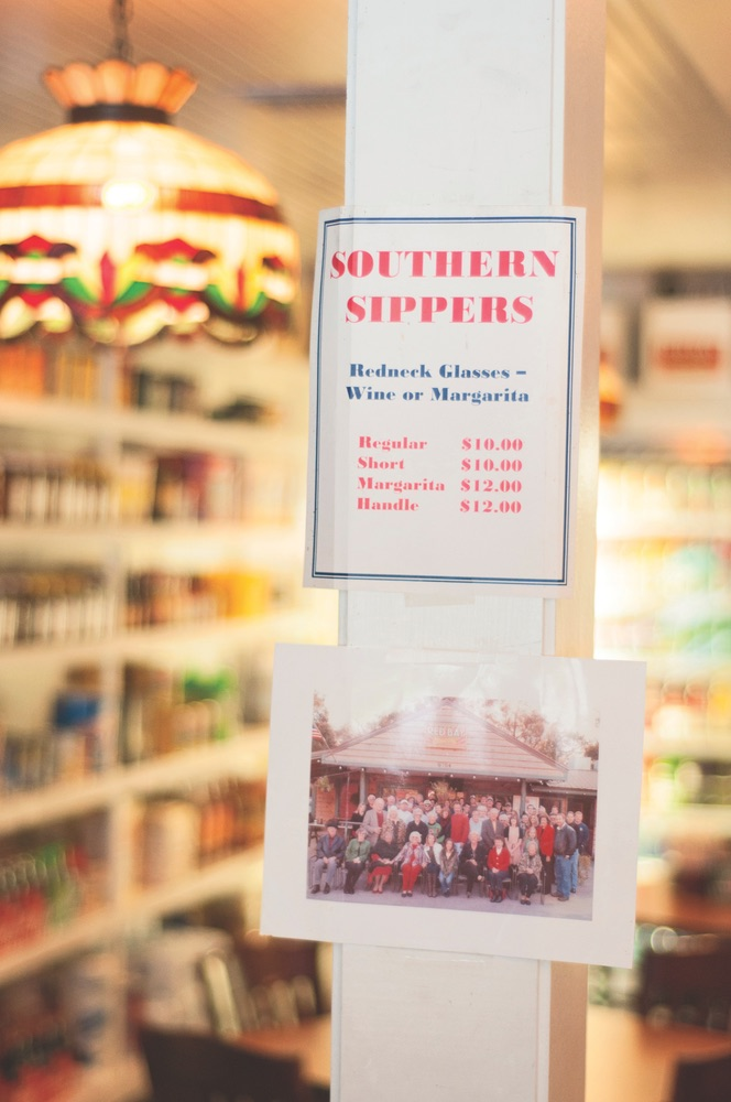 Southern Sippers sign at Red Bay Grocery