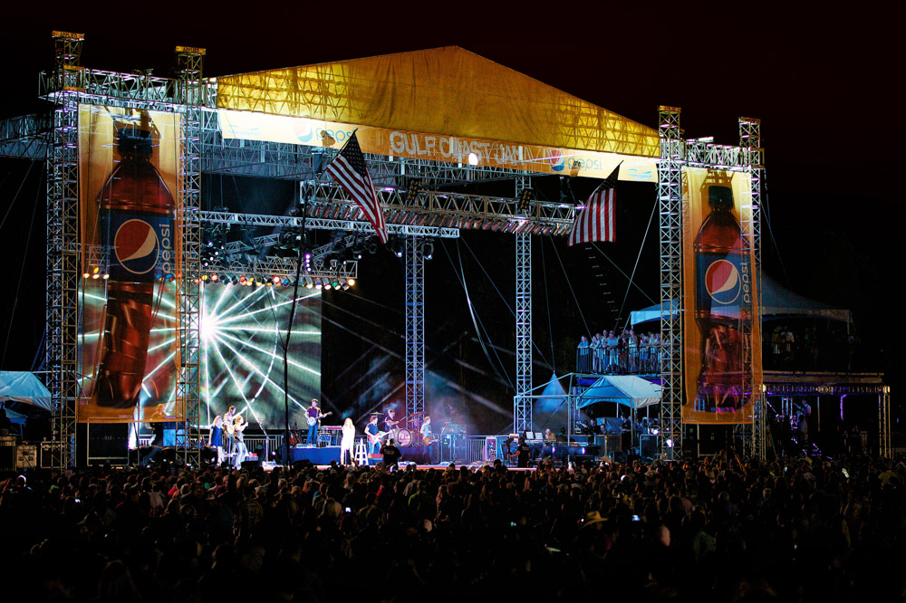 Vie Magazine Gulf Coast Jam 2014 Stage