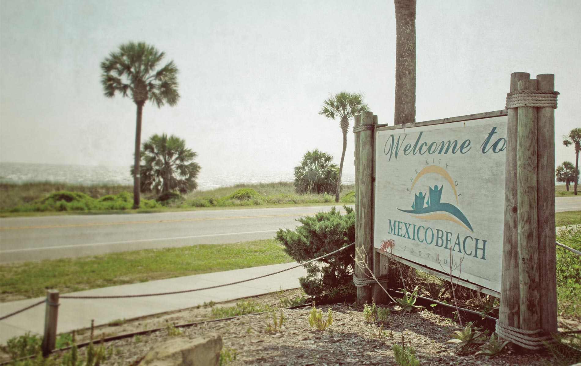 Welcome to Mexico Beach sign