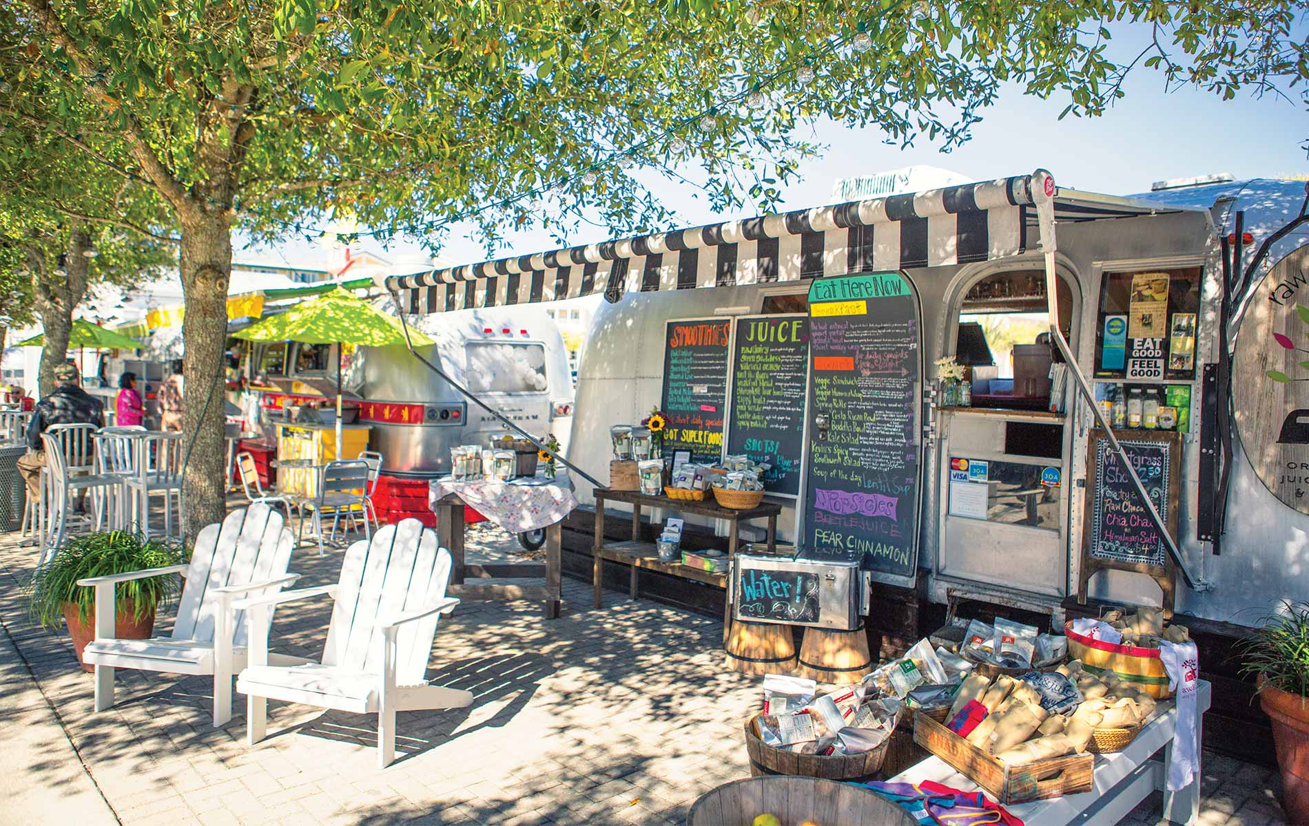 Food trucks in Seaside raw and juicy