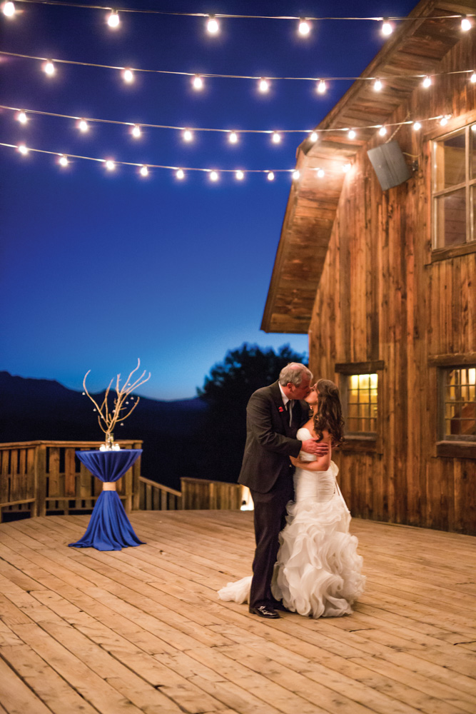 Telluride wedding couple
