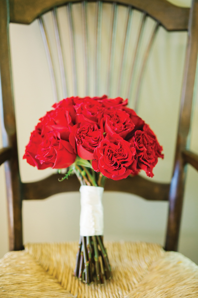 Telluride wedding red rose bouquet