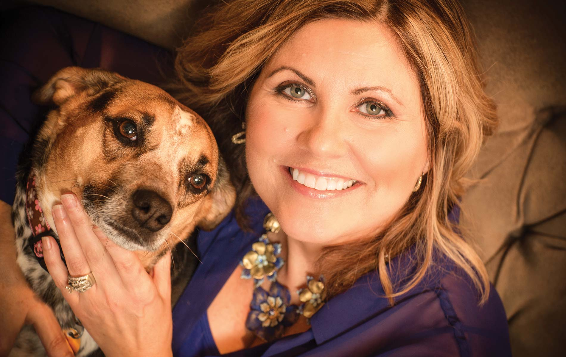 vie-magazine-lady-and-dog-feature