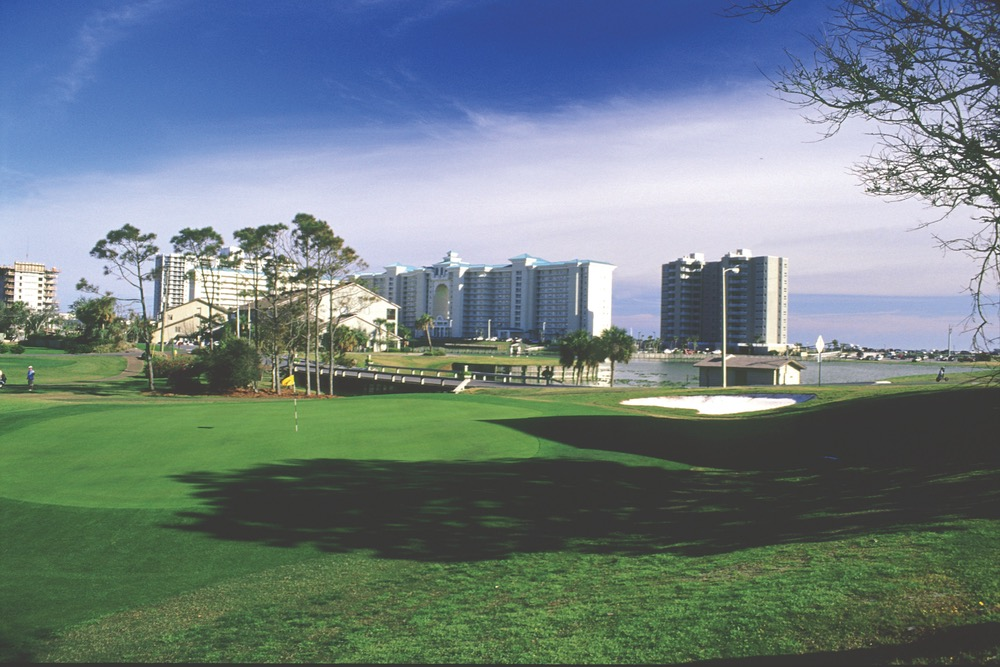 VIE Magazine Northwest Florida Golf Guide Golfing