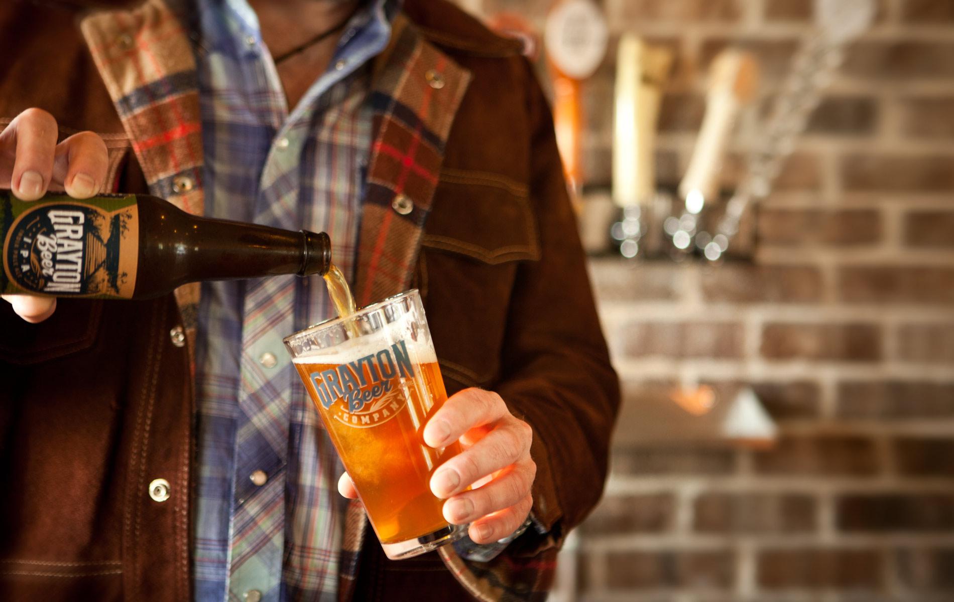 vie-magazine-grayton-beer