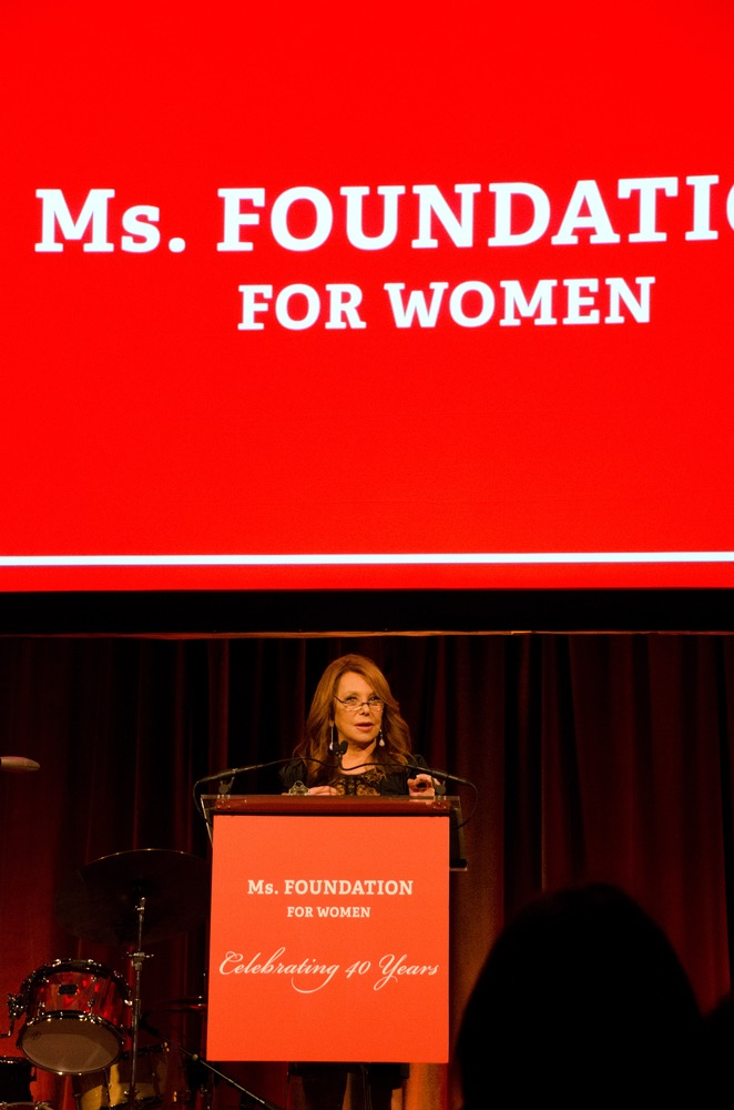 Marlo Thomas delivers moving speech at Ms. Foundation's Gloria Awards
