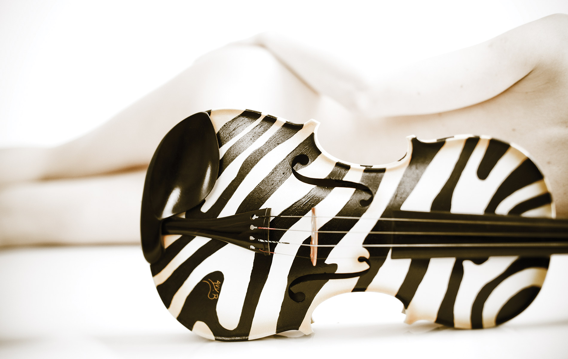vie-magazine-art-strings-duffley