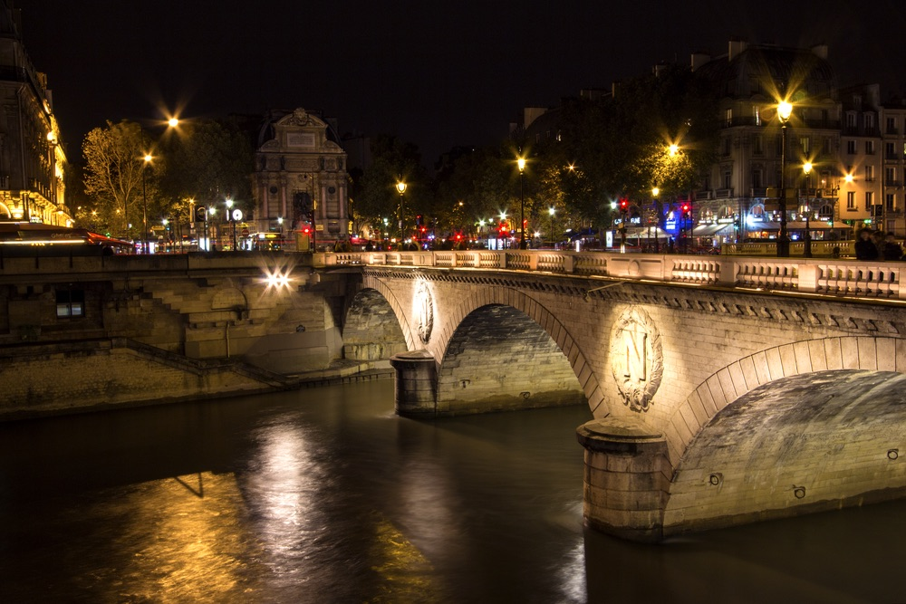 vie-magazine-bridges-of-paris-6