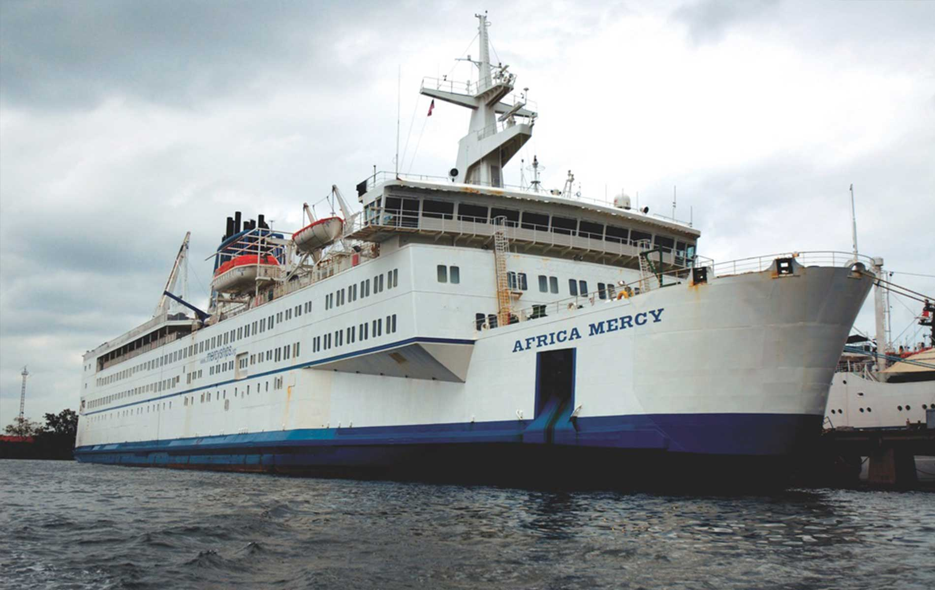 vie-magazine-hero-mercy-ships, charity, help