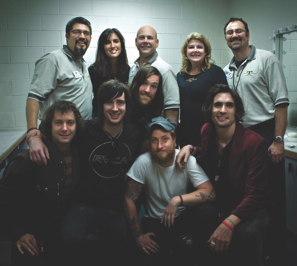 Top: Taylor Haugen Foundation–Billy Russel, Madra McDonald, Brian and Kathy Haugen and Philippe Miceli Bottom: All-American Rejects–Toad Salnier, Nick Wheeler, Mike Kennerty, Chris Gaylor and Tyson Ritter Photo by Rhona Schaefer