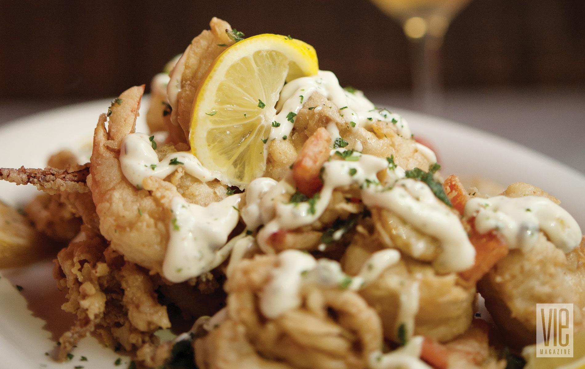 Borago's Savory Fried Shrimp Platter