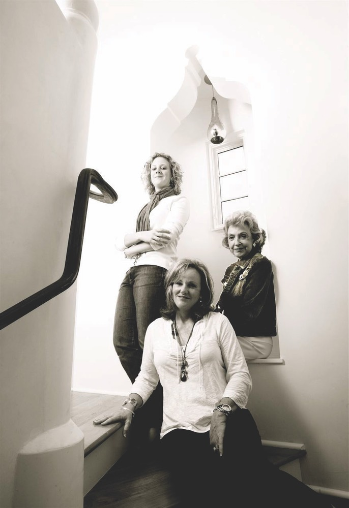 Ann Hartley with her mother, Gay, and her daughter, Lannie