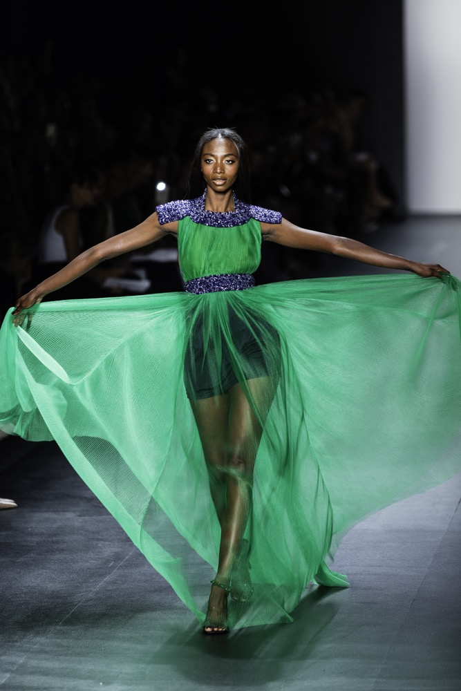 New York Fashion Week Model Graces The Runway In An A Long Emerald Green Sheath Dress By Zang Toi