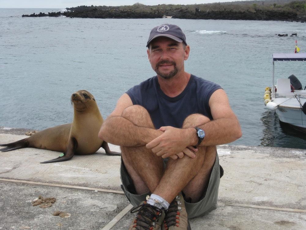 the galapagos islands coast of ecuador vie magazine parque nacional galapagos
