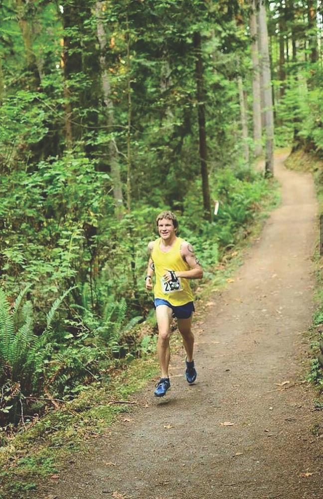 Elijah Hassertt ultramarathoner running