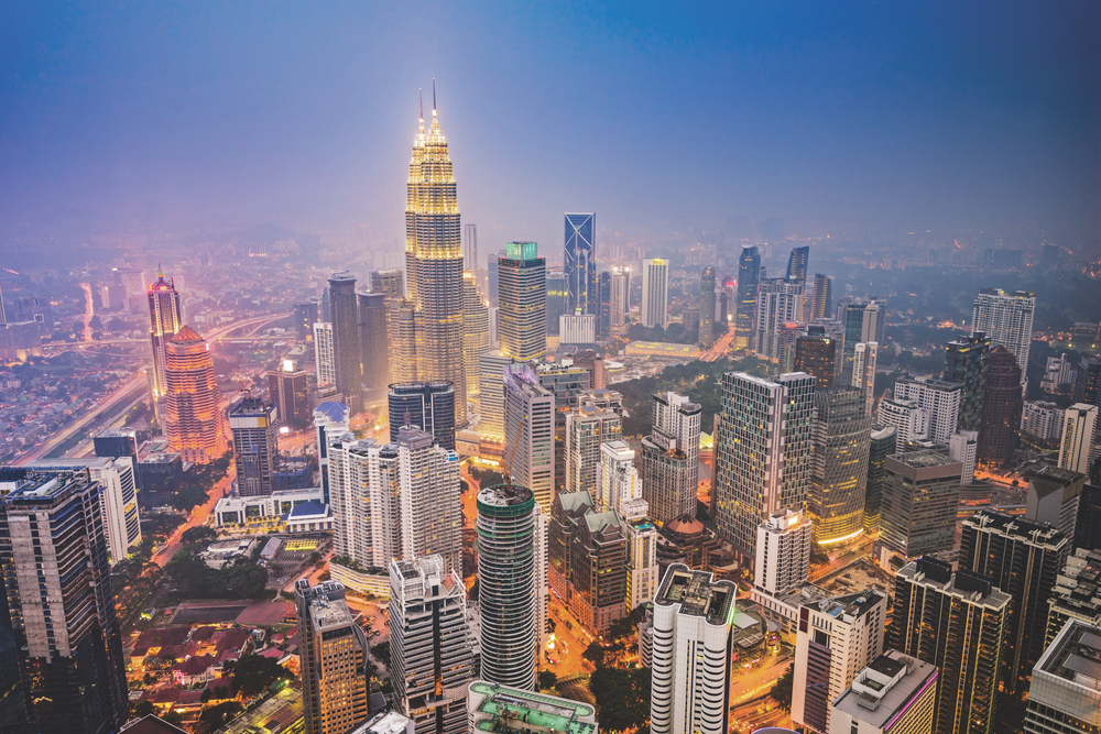 Kuala Lumpur, Malaysia is full of historic monuments, steel-clad skyscrapers, and lush parks boasting trendy design. Petronas Twin Towers Skylines of the World