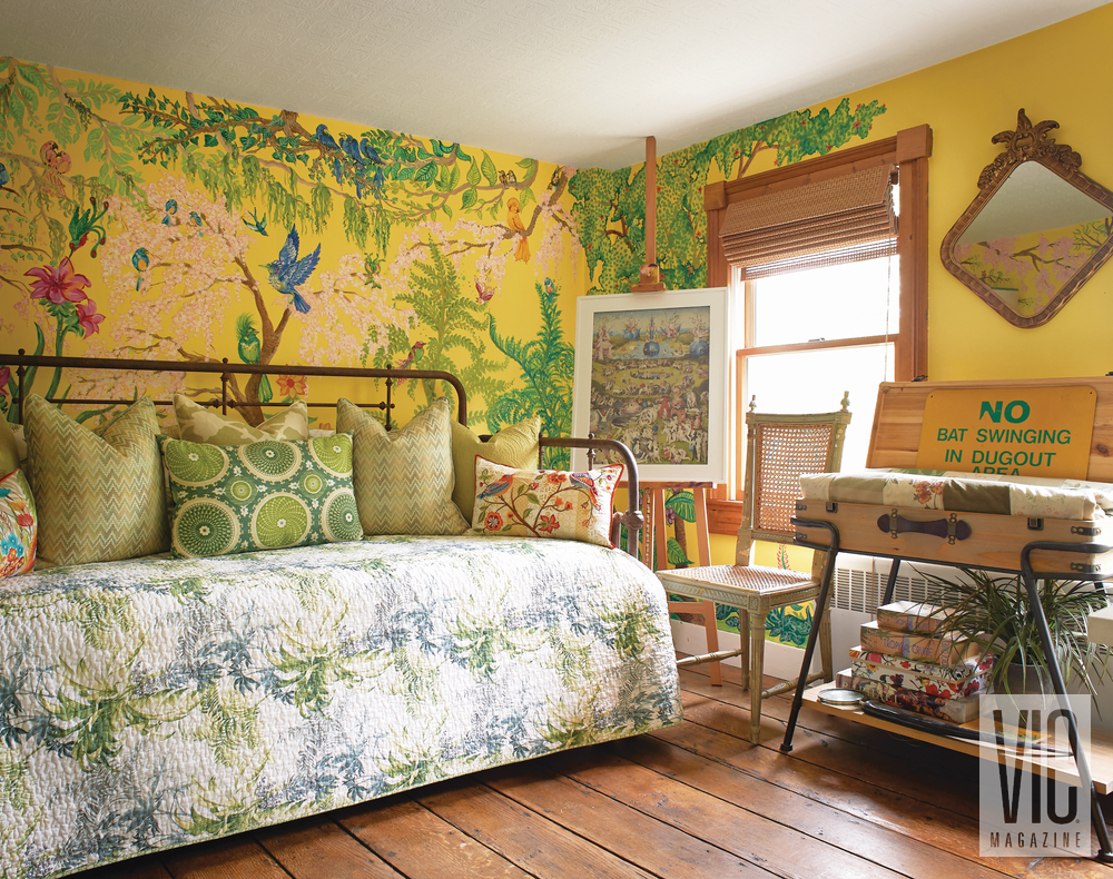 Christian Siriano and Brad Walsh upstairs guest bedroom with Anna Hafner mural Connecticut Home Bed Bath and Beyond floral print design interior