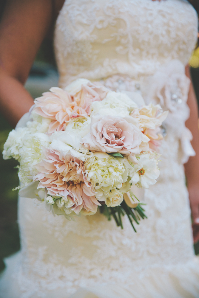 vie magazine lauren mcgill wedding flower bouquet