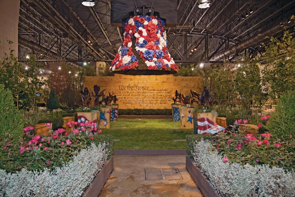 Philadelphia Flower Show liberty bell made of flowers Pennsylvania Horticultural Society