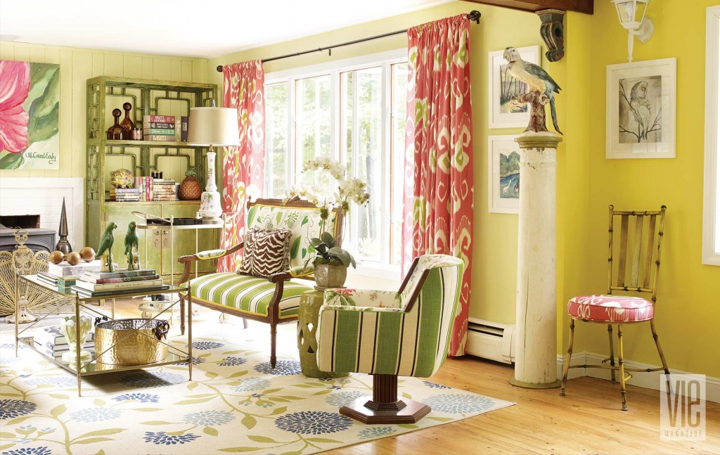 Home decor 2016 at home with christian siriano vie for Christian home decor