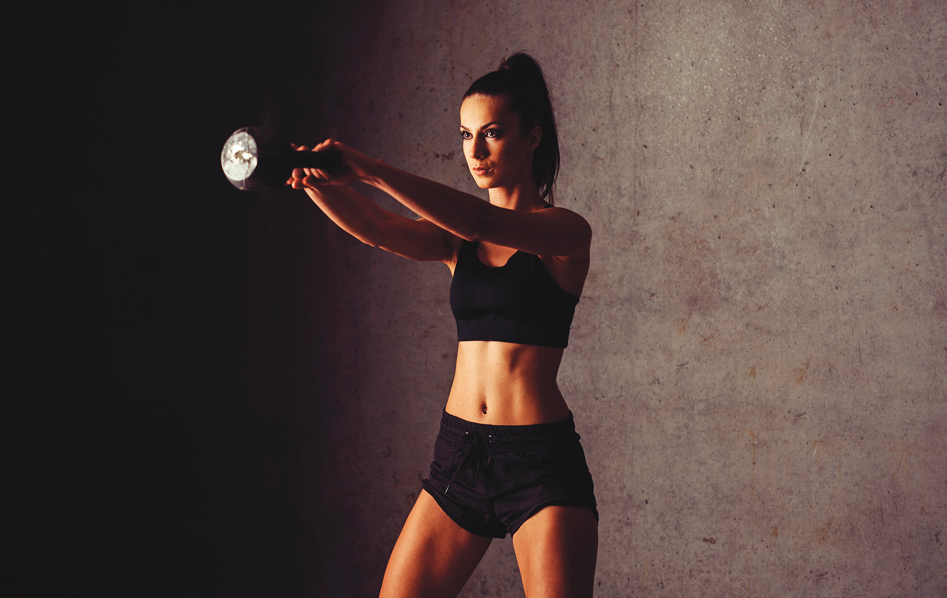 Fitness Expert Column, woman lifting weights