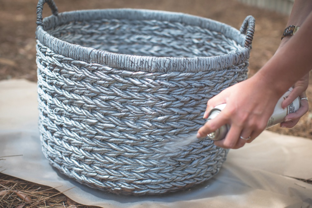 paint basket with metallic spray paint