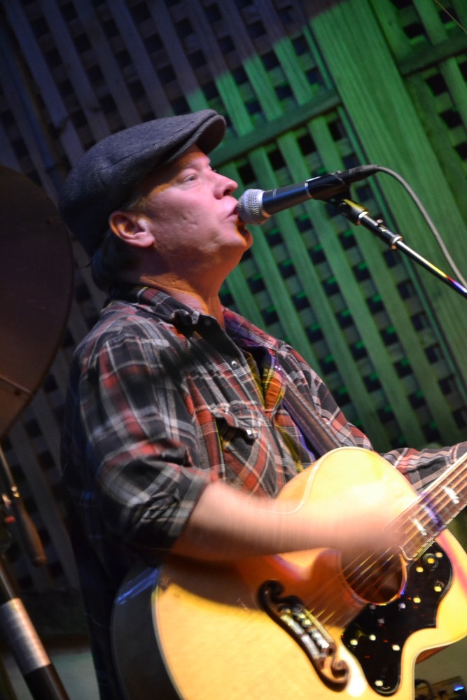 Shawn Mullins performs at 2015 30A Songwriters Festival