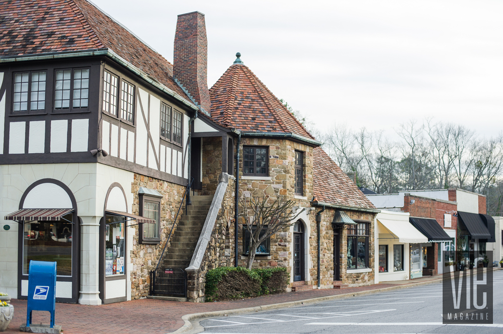 Charming shops in Mountain Brook Village in Birmingham, Alabama quaint