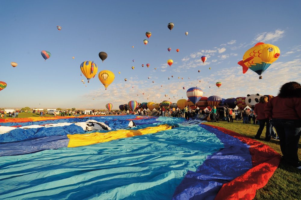 Hot Air Balloons; liftoff; Albuquerque International Balloon Fiesta