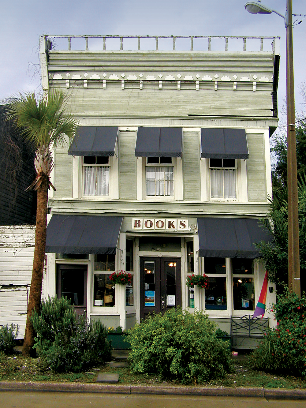 Downtown books and Purl in Apalachicola