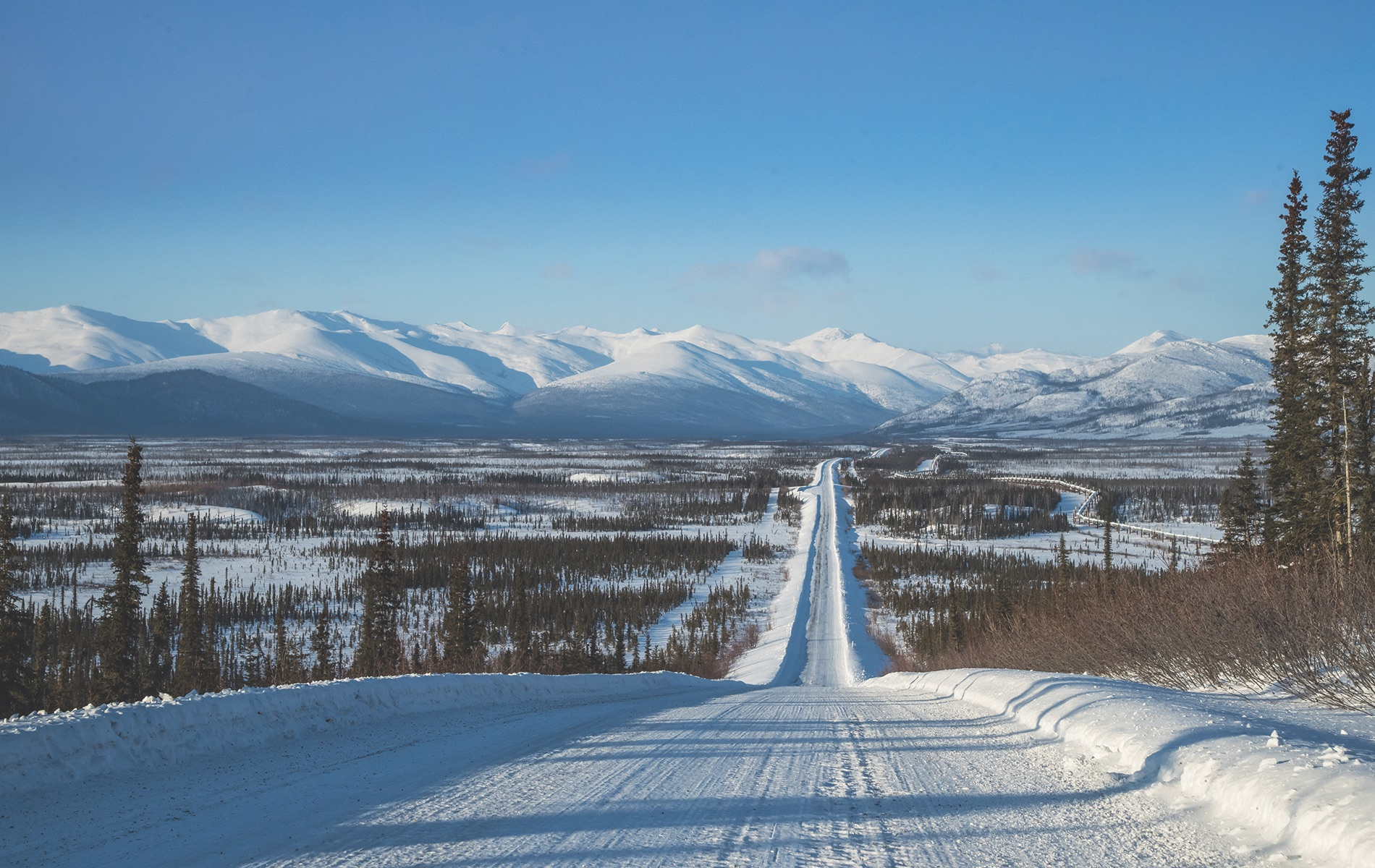 Vie magazine - the Dalton Highway in the Arctic Circle.