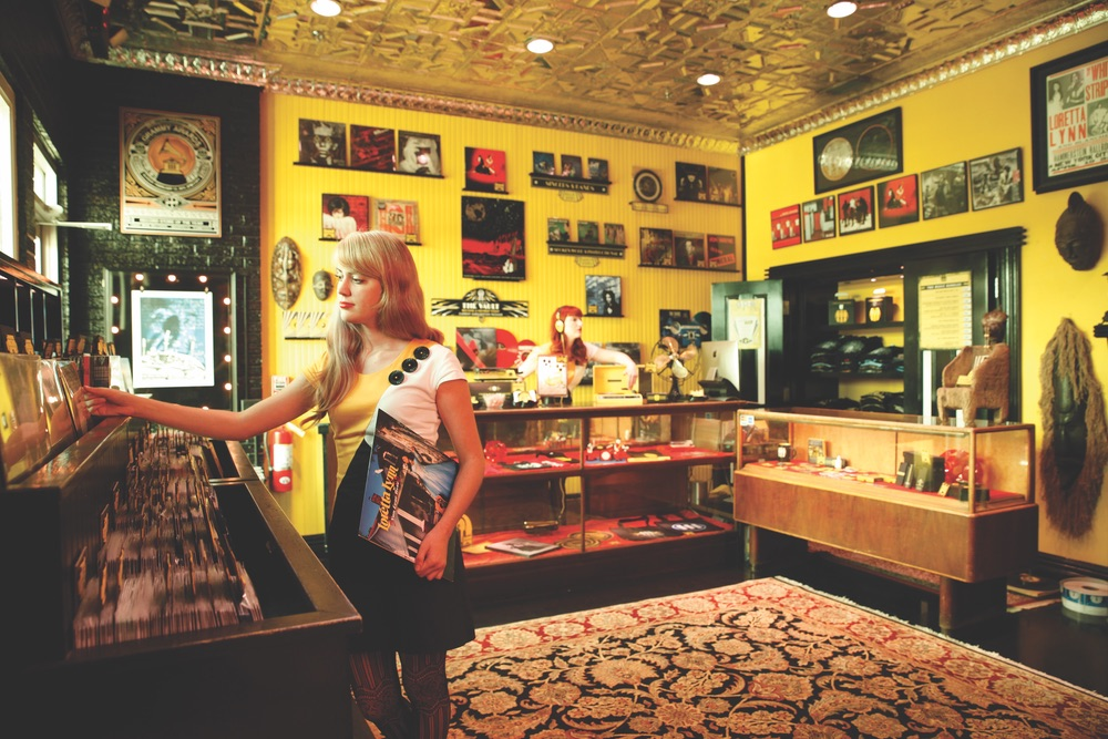 Jack White's Third Man Records in Nashville Tennessee record store novelties lounge VIE magazine 2017