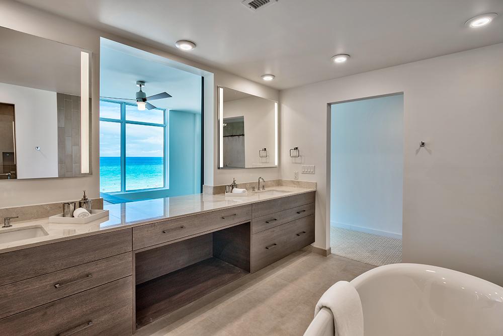 scenic sothebys, bathroom