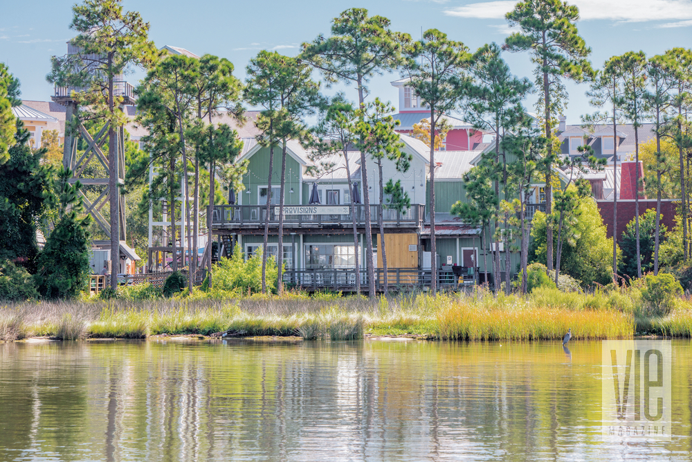 Landscape view of Baytowne Provisions across the water