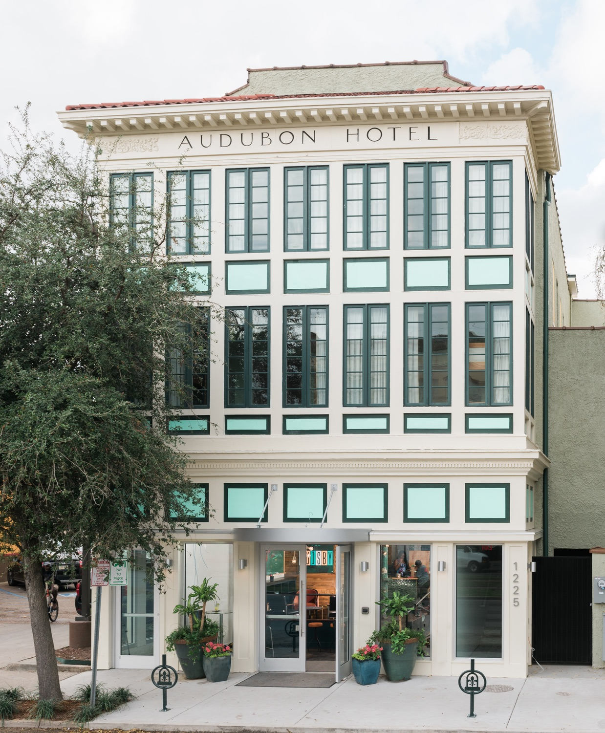 The Quisby New Orleans hostel