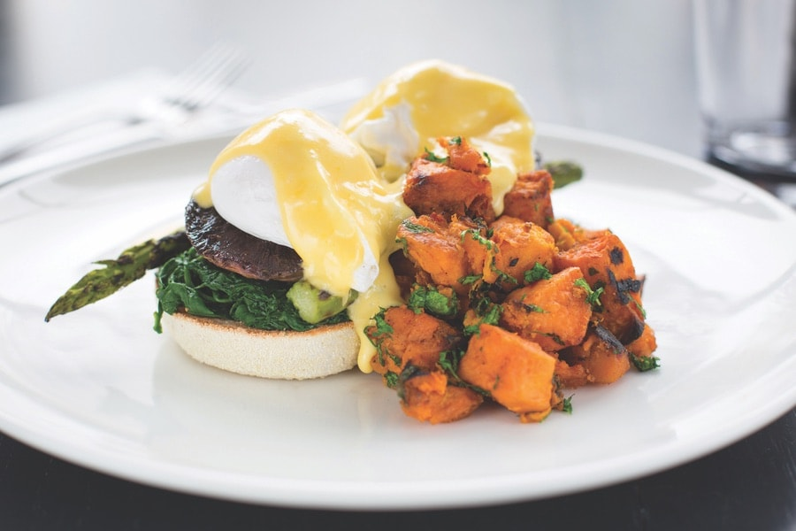 Eggs Florentine at Angelina's. VIE Magazine. The Sophisticate Issue