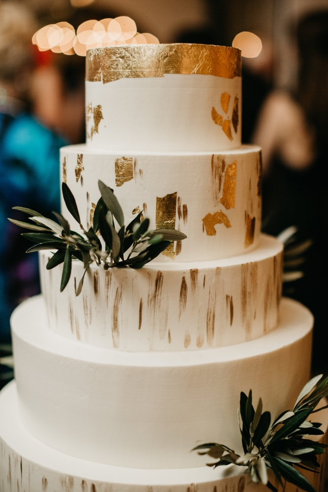 Beautiful cake designed by La Louisiane Bakery in New Orleans