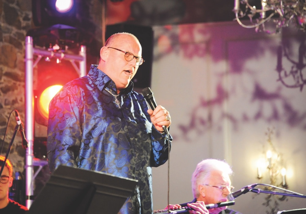 Irish tenor Ronan Tynan and his band perform at the ceremony.
