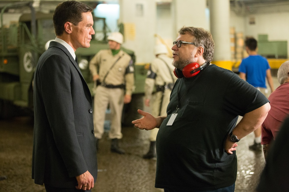 Michael Shannon and Director/Writer/Producer Guillermo del Toro on the set of THE SHAPE OF WATER. Photo Credit: Kerry Hayes; © 2017 Twentieth Century Fox Film Corporation