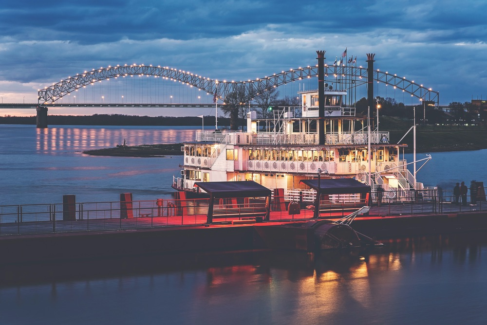 Step aboard the Memphis Queen III. VIE Magazine March 2018
