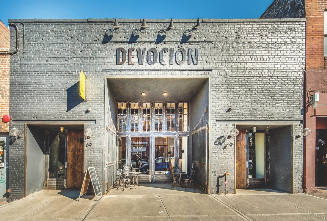 The exterior of Devoción.