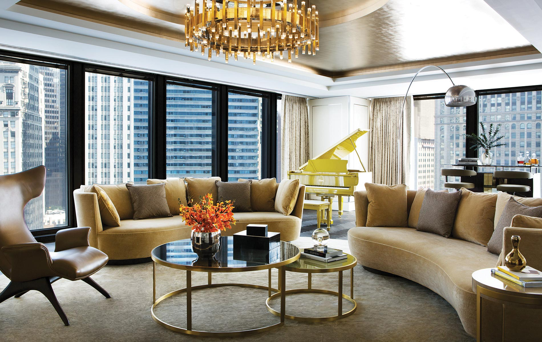 Luxury continues in every guest room, suite, dining space, and common area of the hotel, balancing Mies's impeccable design and the Langham's reputation for decadence.