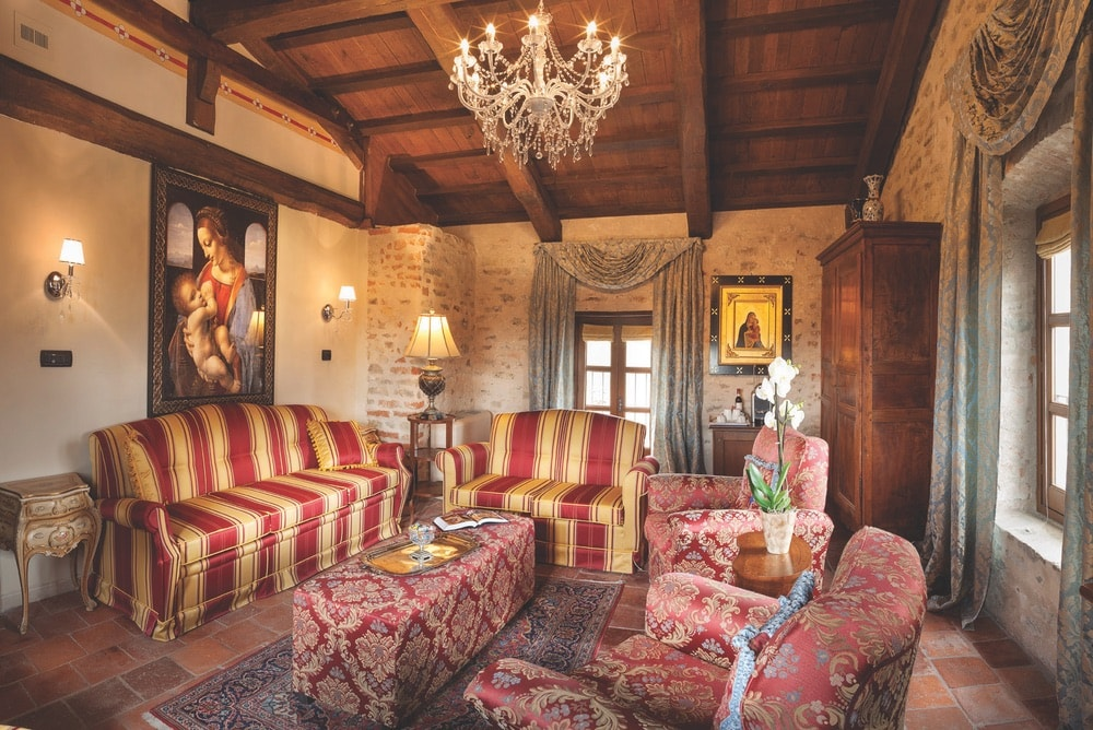 A day at the Castello can be whatever guests want to make of it—perhaps relaxing in their luxurious suite or one of the property's common areas and later enjoying a gourmet alfresco meal on the patio dining area of Pardini Vini e Cucina, the hotel's restaurant.