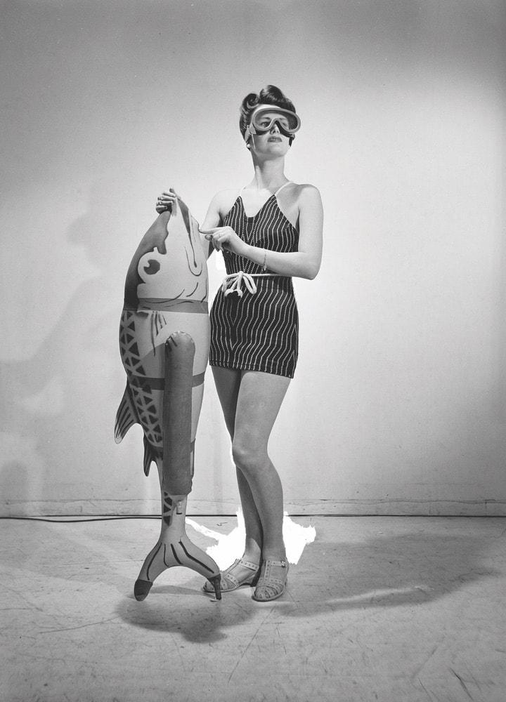 Bathing feature, Vogue Studio, London, England 1941