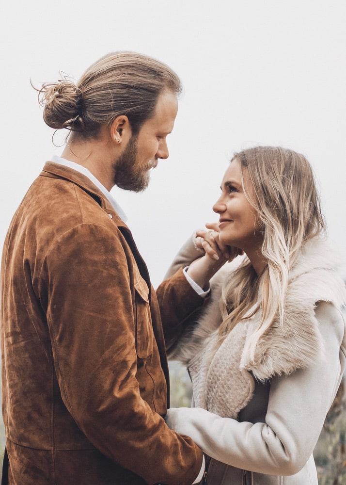Brian and Brittney Kelley renewed their wedding vows in an intimate ceremony in Big Sur in December of 2018. | Photo by Peer Johnson