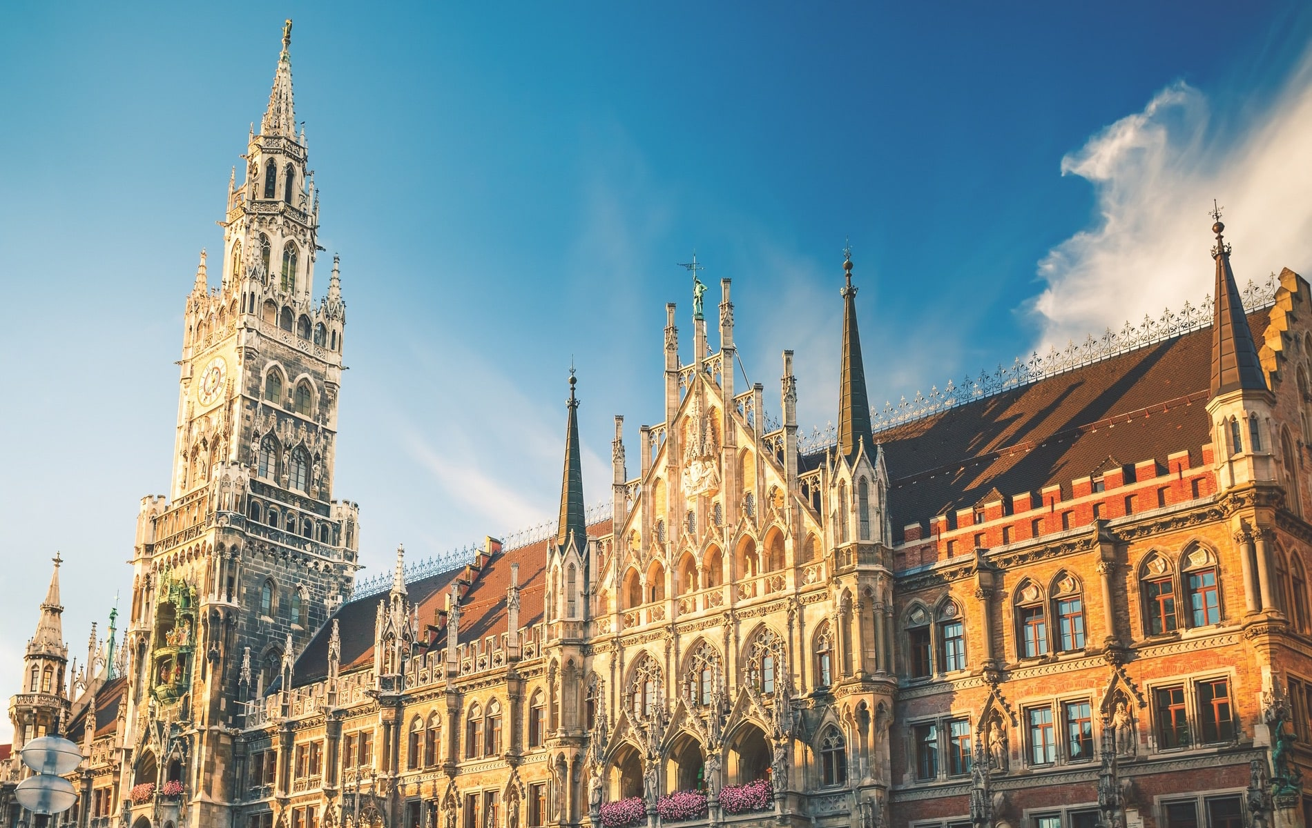 Munich's New Town Hall located in the famous Marienplatz square