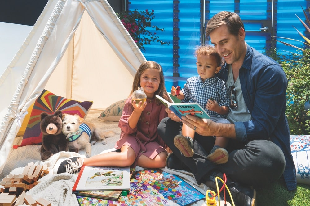 The terminal offers children's toys and activities, a play area, and pet-friendly suites for all your family needs at The Private Suite in the Los Angeles Airport (LAX).