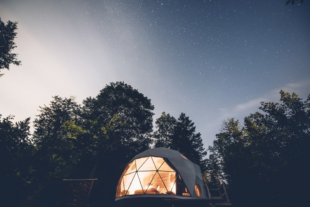 Ridgeback Lodge, located in New Brunswick, Canada, offers Dream Dome camping experiences for two and Stargazer Domes for up to six guests. | Photo courtesy of Ridgeback Lodge